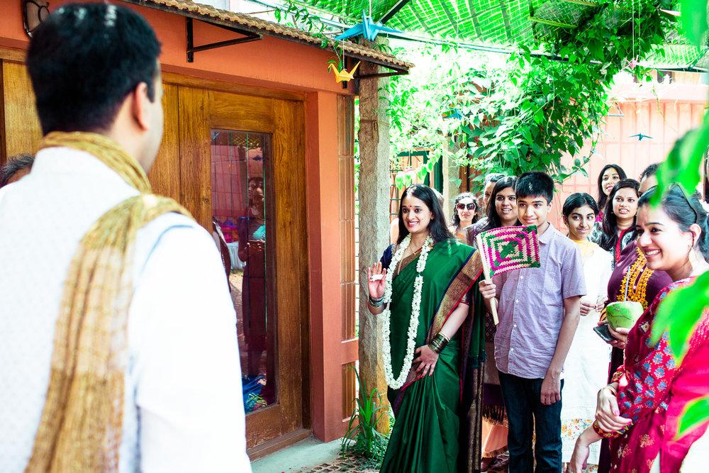 tamil-telugu-candid-wedding-bangalore-0021.jpg