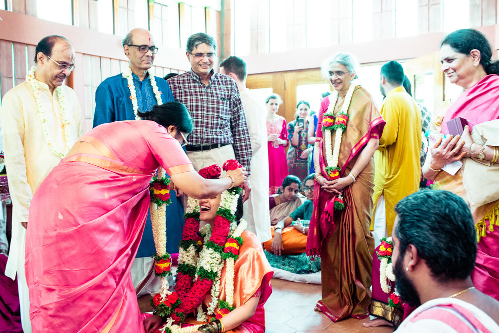tamil-telugu-candid-wedding-bangalore-0025.jpg