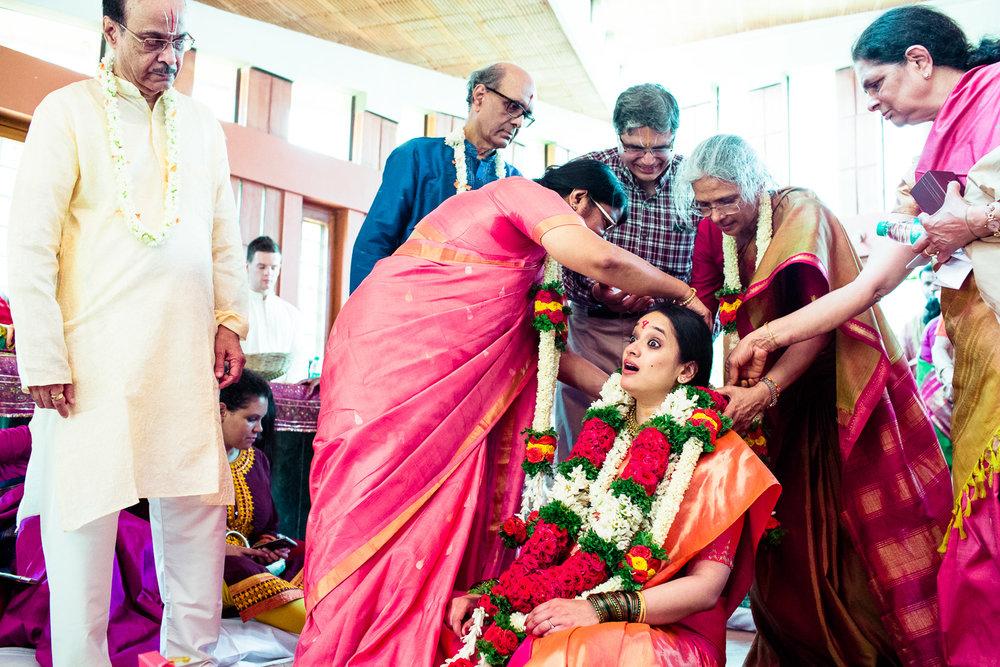 tamil-telugu-candid-wedding-bangalore-0027.jpg