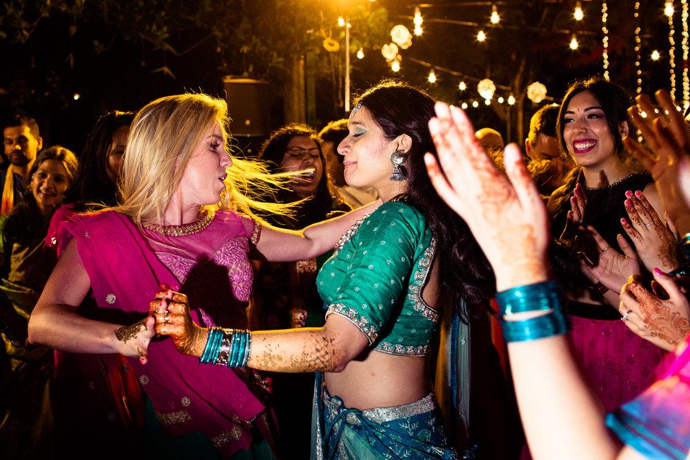 tamil-telugu-candid-wedding-bangalore-0084.jpg