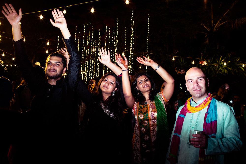 tamil-telugu-candid-wedding-bangalore-0077.jpg