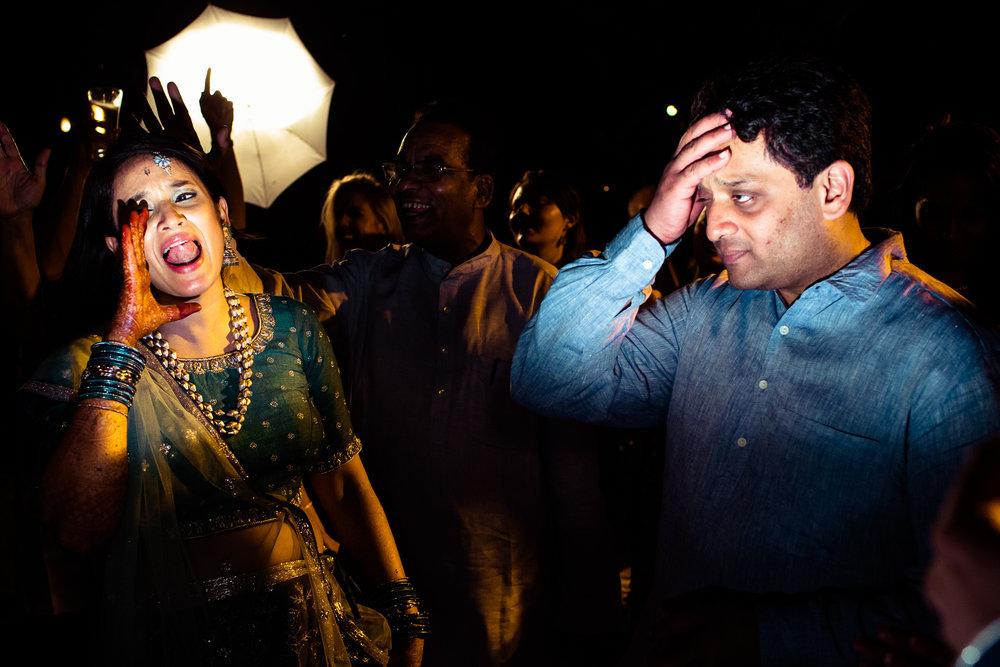 tamil-telugu-candid-wedding-bangalore-0082.jpg