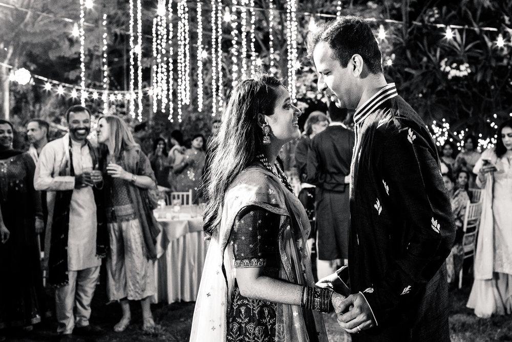 tamil-telugu-candid-wedding-bangalore-0072.jpg