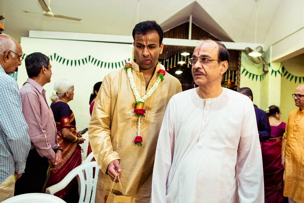 tamil-telugu-candid-wedding-bangalore-0104.jpg
