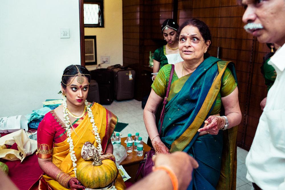 tamil-telugu-candid-wedding-bangalore-0109.jpg