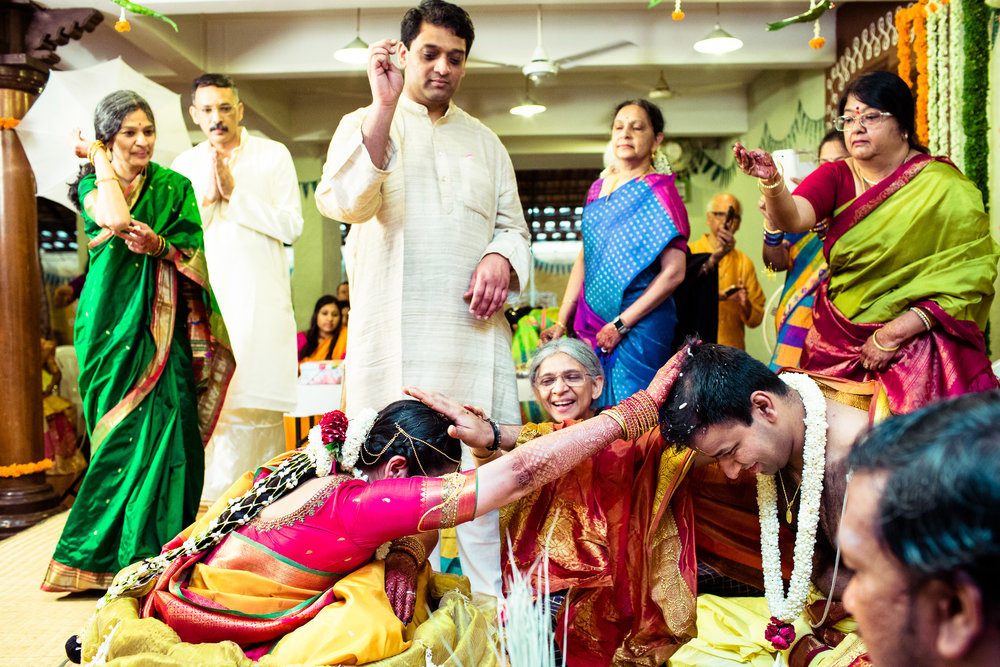 tamil-telugu-candid-wedding-bangalore-0113.jpg