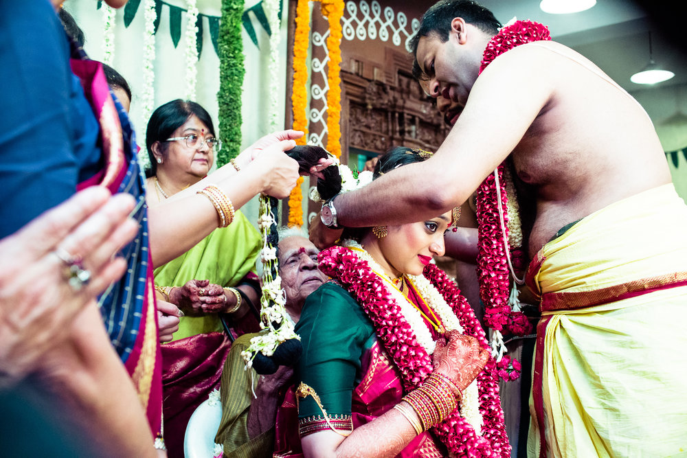 tamil-telugu-candid-wedding-bangalore-0125.jpg