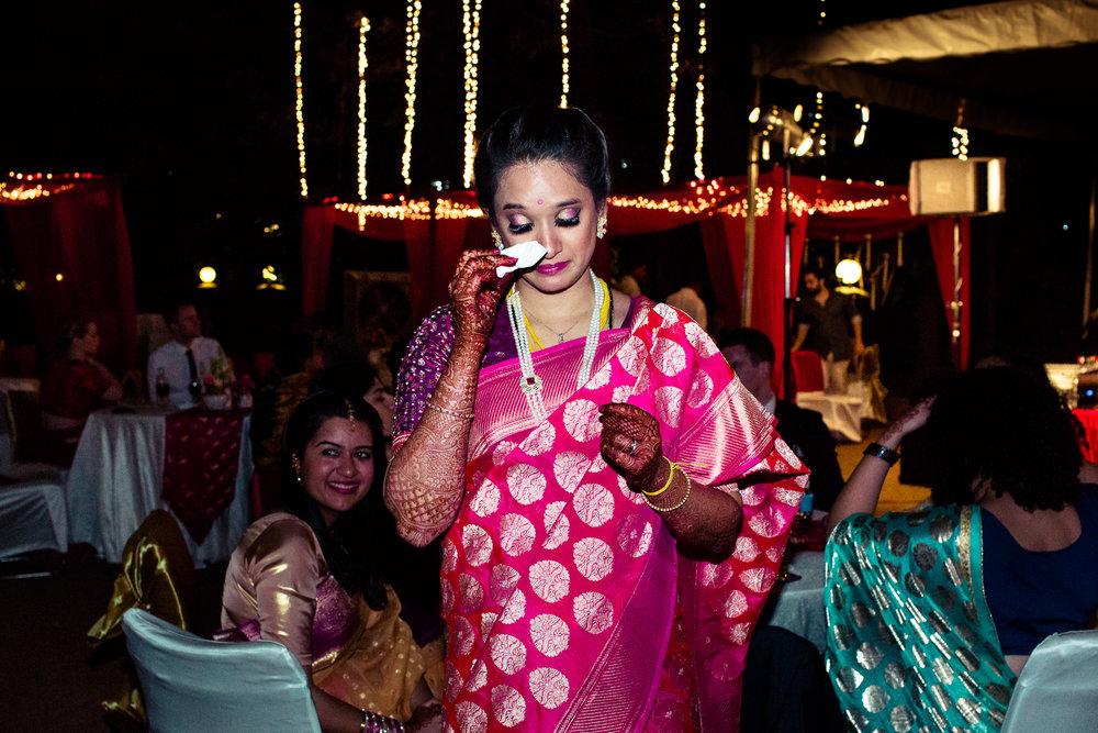tamil-telugu-candid-wedding-bangalore-0179.jpg