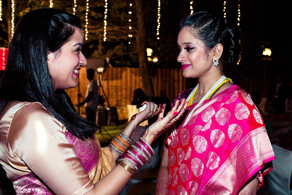 tamil-telugu-candid-wedding-bangalore-0180.jpg