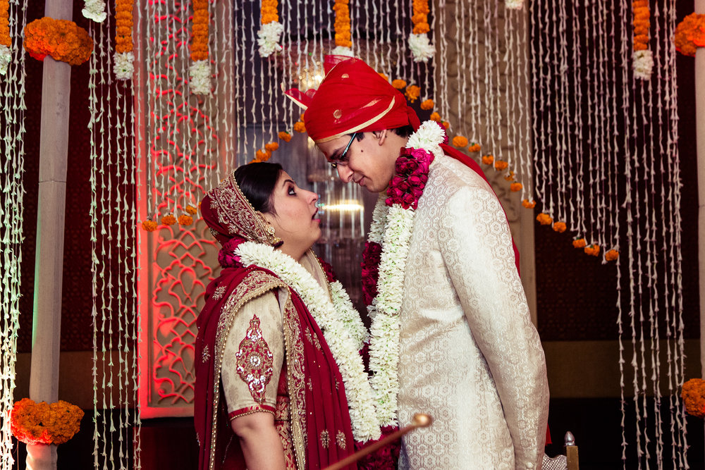 best-candid-wedding-photographer-delhi-0055.jpg