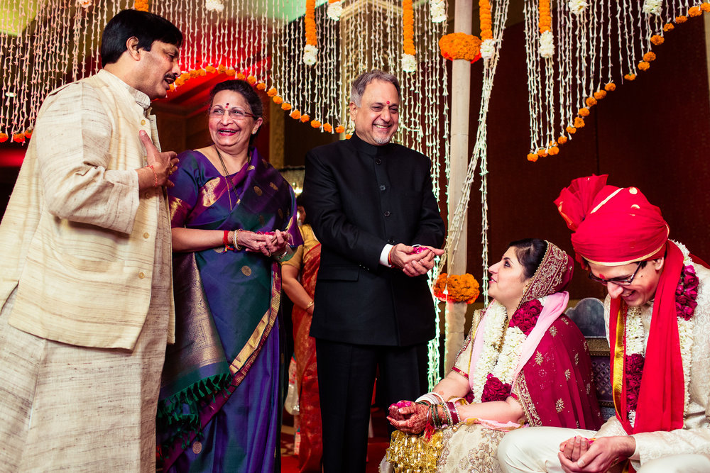 best-candid-wedding-photographer-delhi-0058.jpg