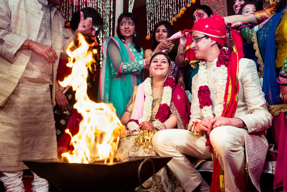 best-candid-wedding-photographer-delhi-0061.jpg
