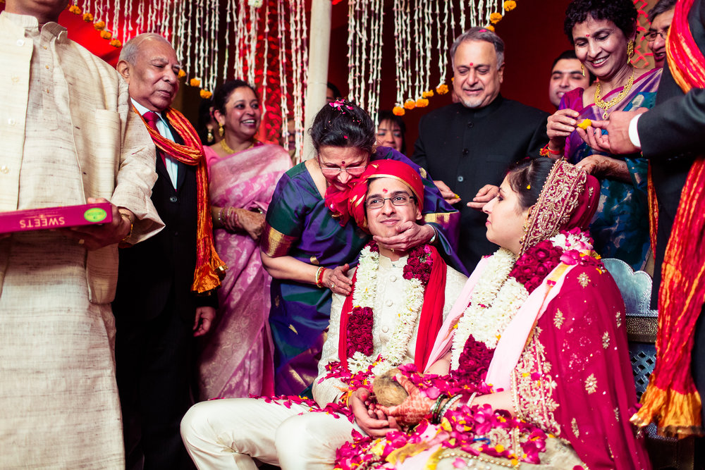 best-candid-wedding-photographer-delhi-0069.jpg