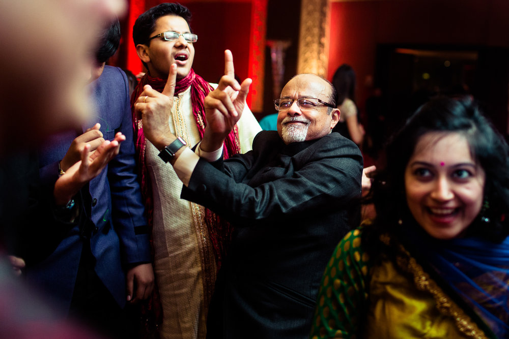best-candid-wedding-photographer-delhi-0079.jpg