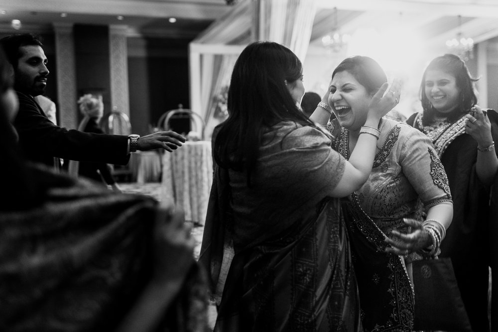 best-candid-wedding-photographer-delhi-0088.jpg