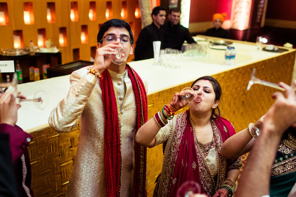 best-candid-wedding-photographer-delhi-0087.jpg