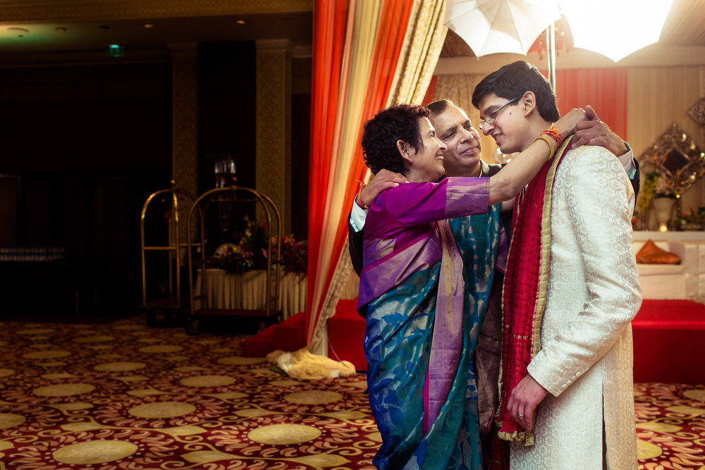 best-candid-wedding-photographer-delhi-0090.jpg