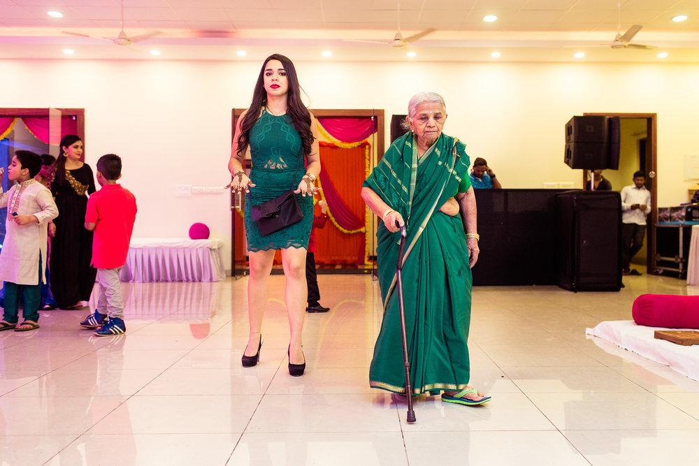 best-candid-wedding-photographers-bangalore-0004.jpg