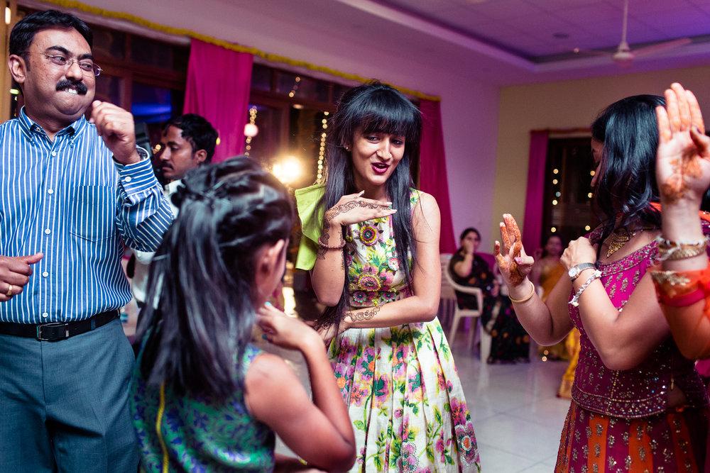 best-candid-wedding-photographers-bangalore-0019.jpg