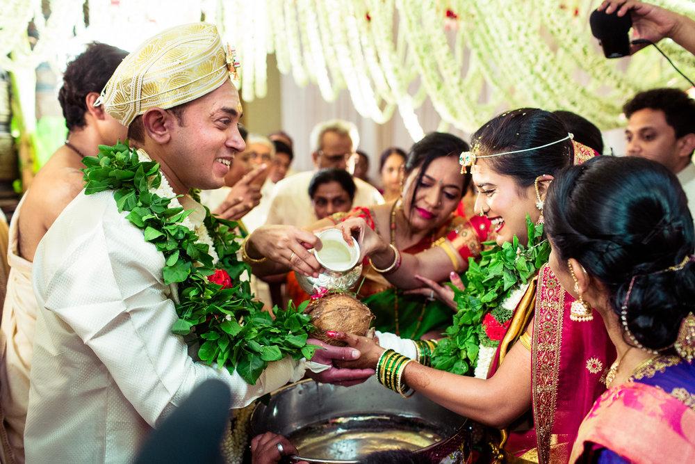 best-candid-wedding-photographers-bangalore-0047.jpg