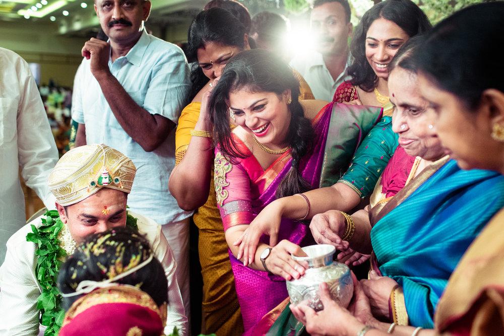 best-candid-wedding-photographers-bangalore-0052.jpg