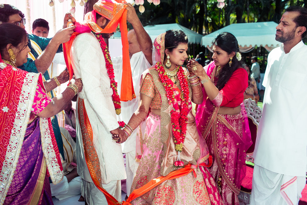 marwari-candid-wedding-photographers-bangalore-0037.jpg
