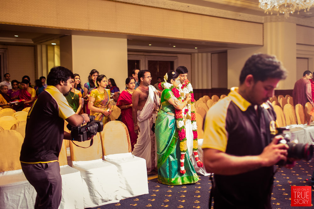 candid-wedding-photographers-bangalore-0023.jpg