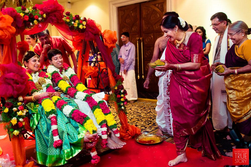 candid-wedding-photographers-bangalore-0022.jpg