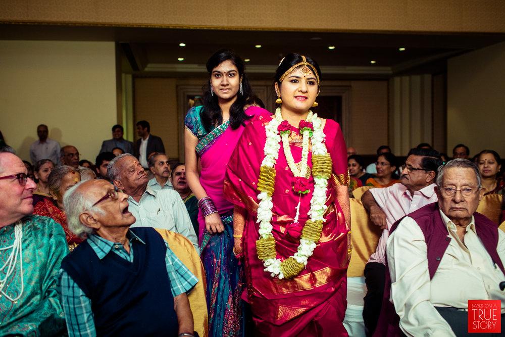 candid-wedding-photographers-bangalore-0040.jpg