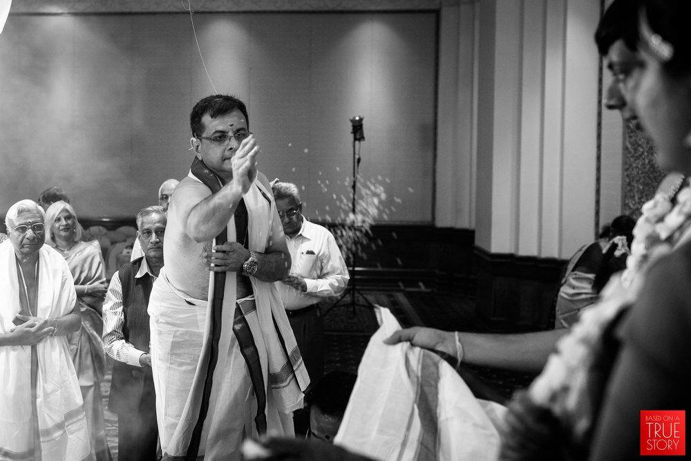 candid-wedding-photographers-bangalore-0051.jpg
