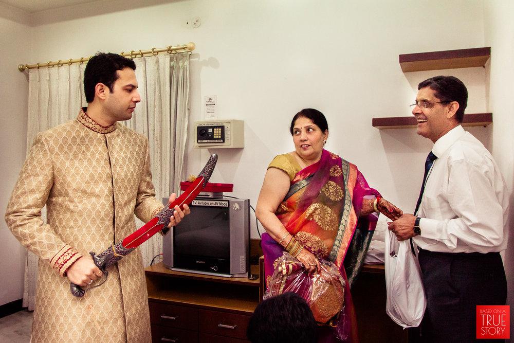 candid-punjabi-wedding-photographers-hyderabad-0035.jpg