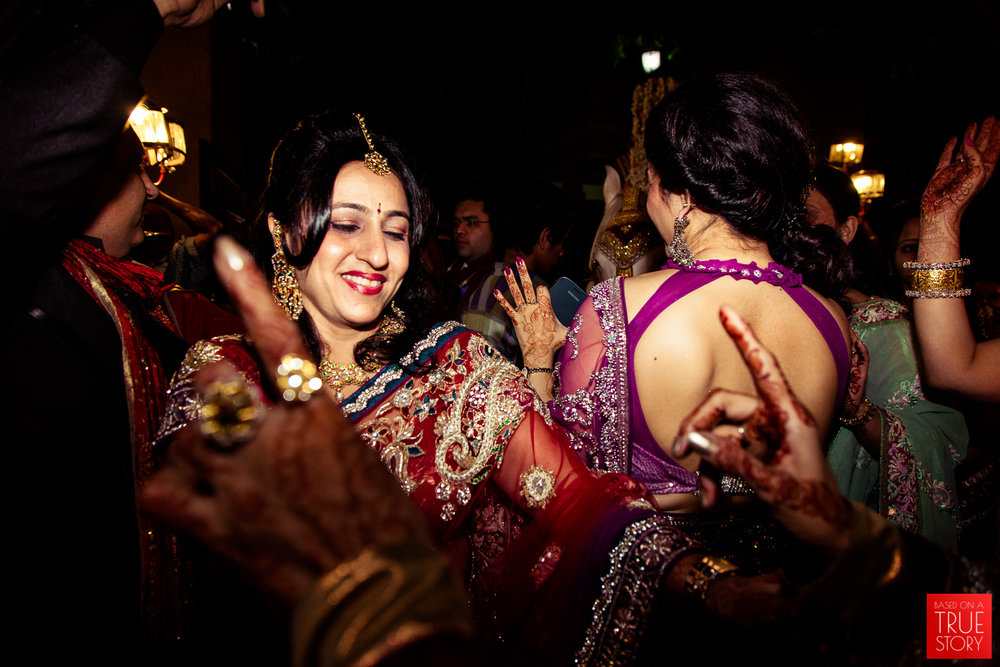 candid-punjabi-wedding-photographers-hyderabad-0045.jpg