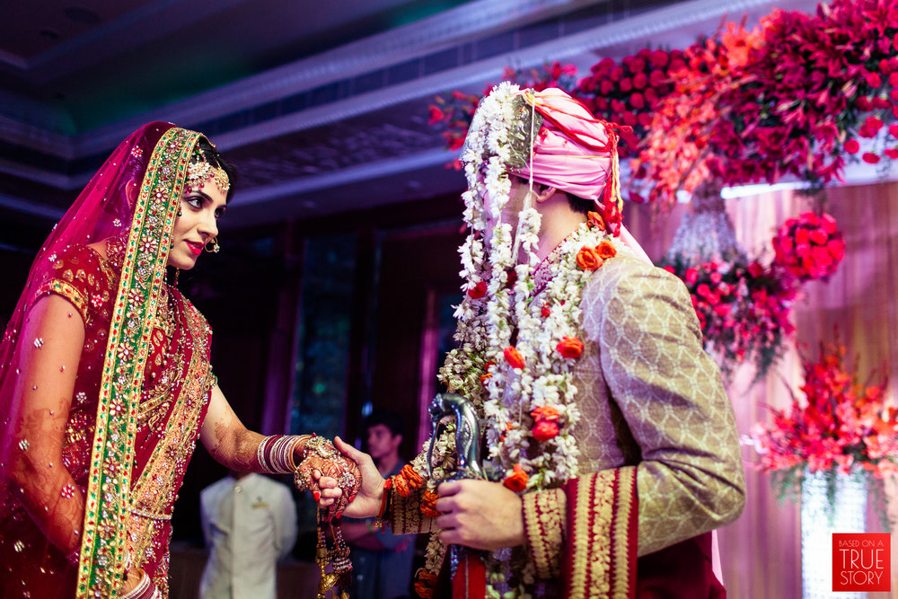 candid-punjabi-wedding-photographers-hyderabad-0052.jpg