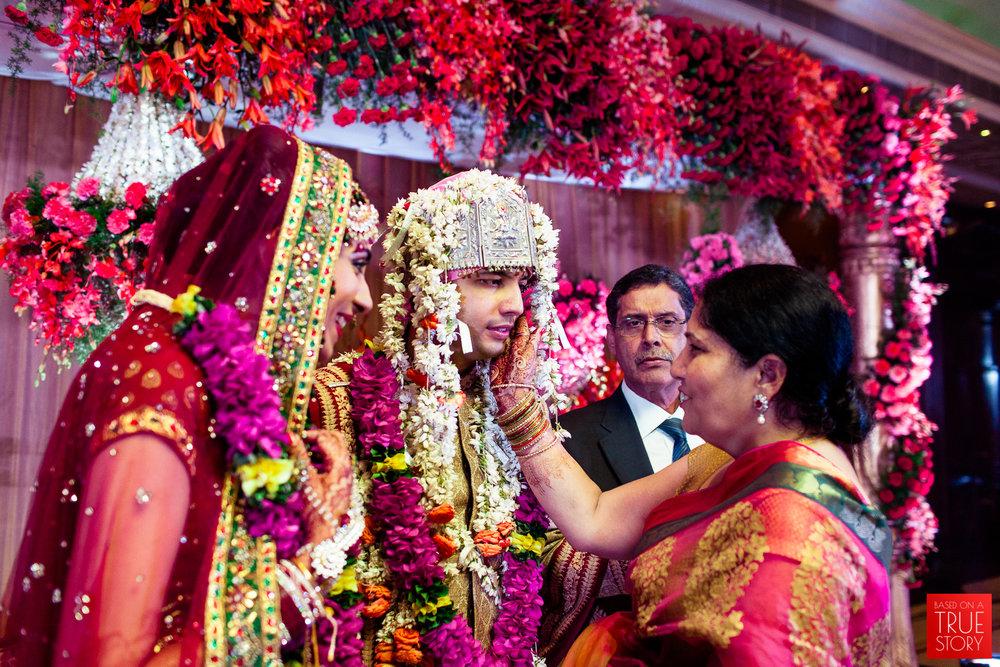 candid-punjabi-wedding-photographers-hyderabad-0054.jpg