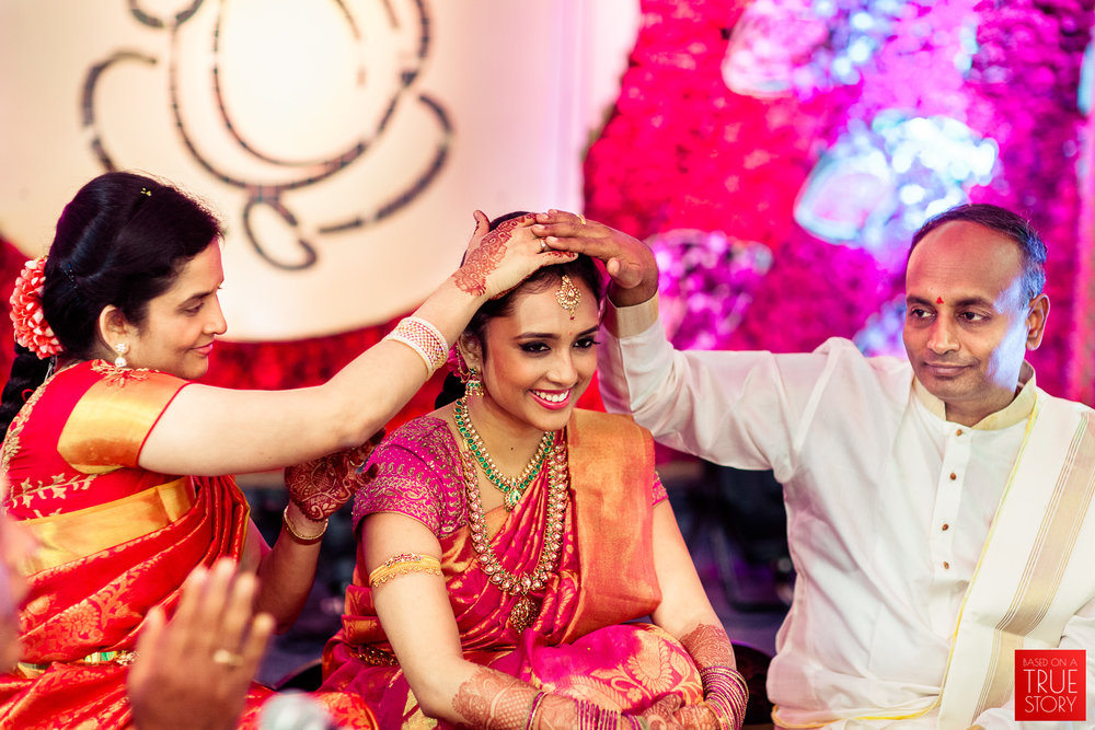 best-candid-wedding-photographers-bangalore-0022.jpg