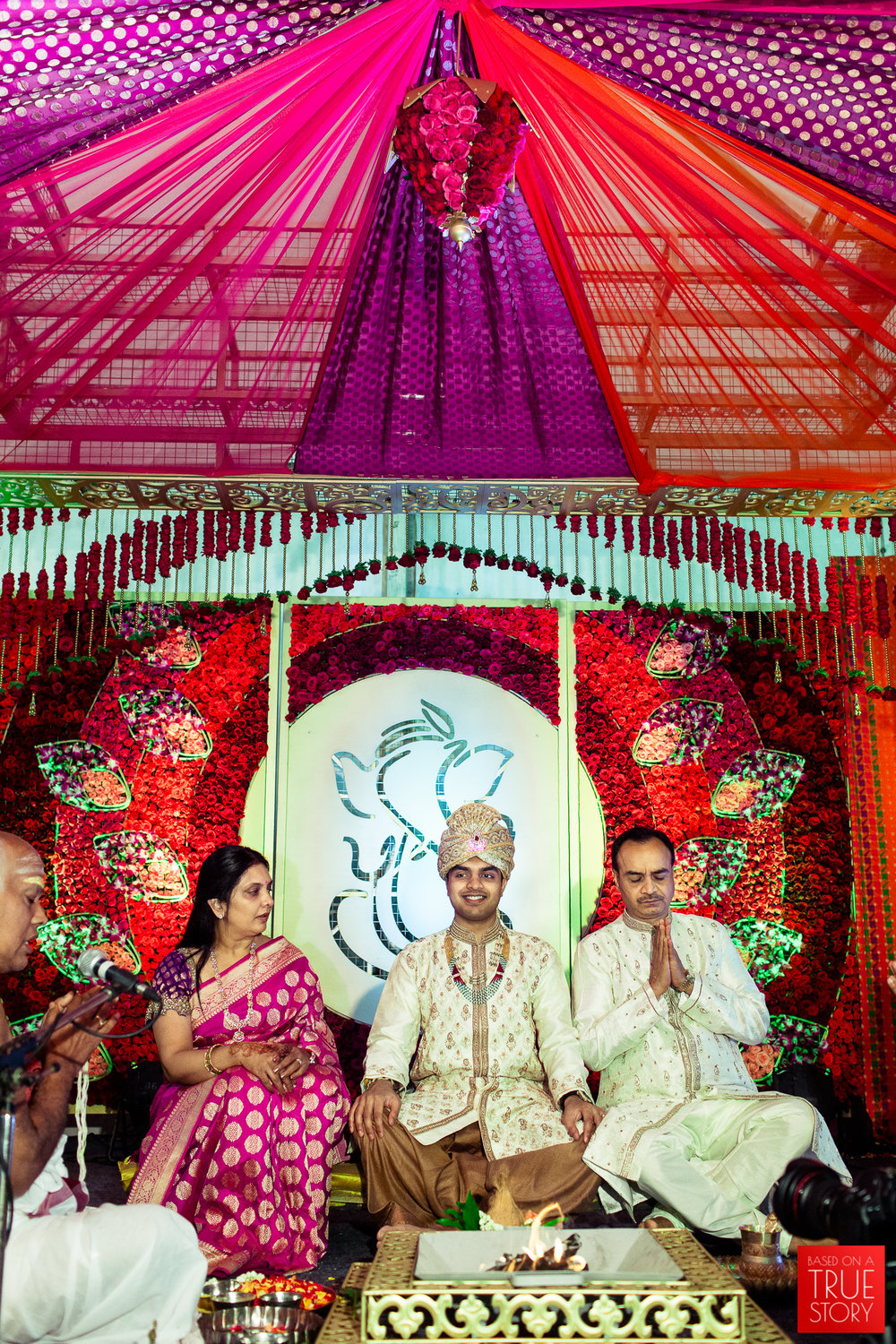 best-candid-wedding-photographers-bangalore-0025.jpg
