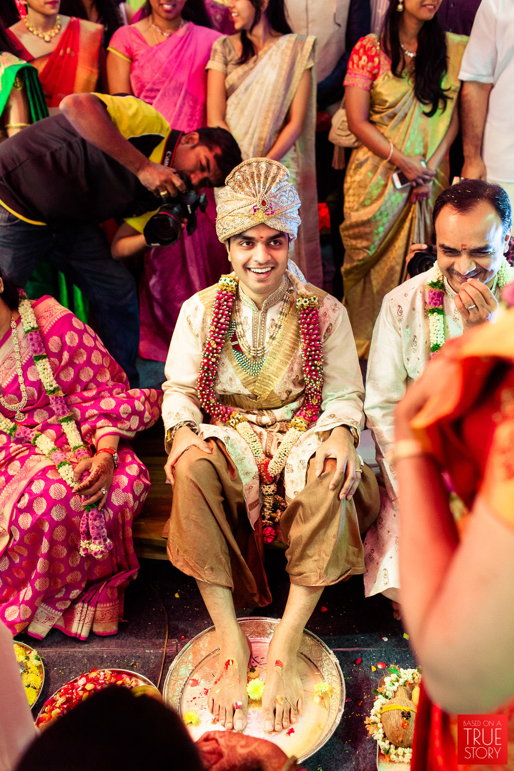 best-candid-wedding-photographers-bangalore-0038.jpg