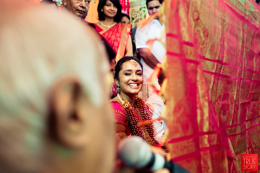 best-candid-wedding-photographers-bangalore-0042.jpg