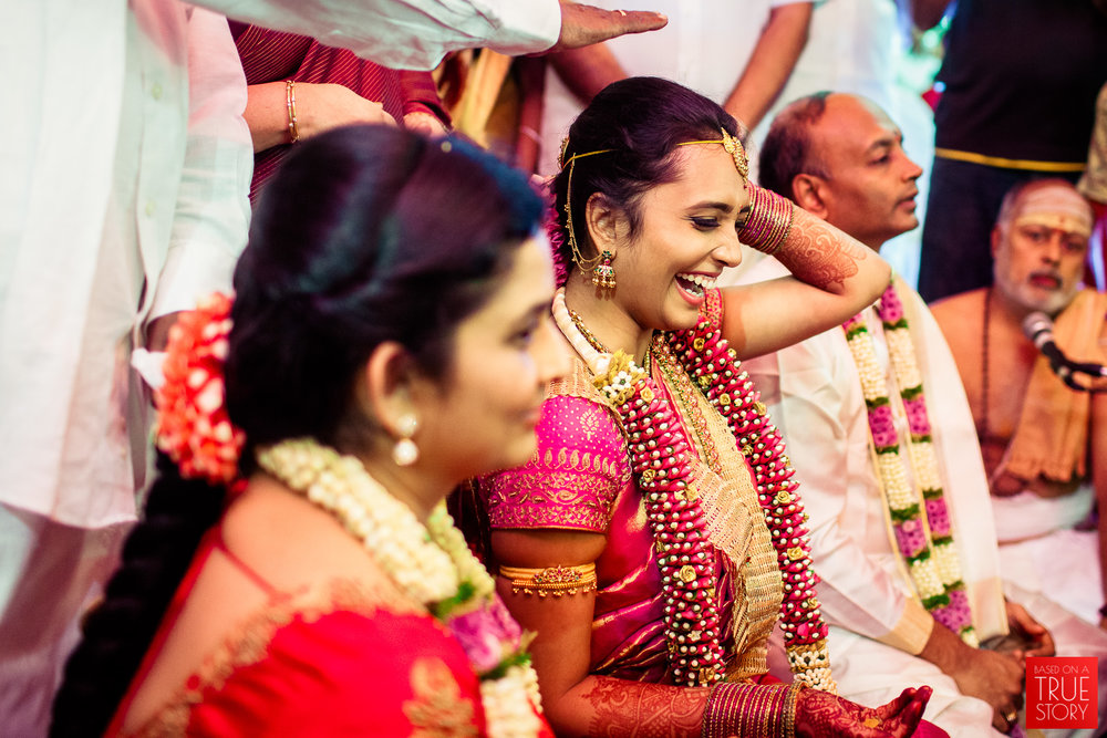 best-candid-wedding-photographers-bangalore-0044.jpg