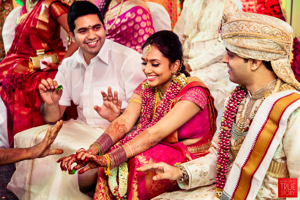 best-candid-wedding-photographers-bangalore-0055.jpg