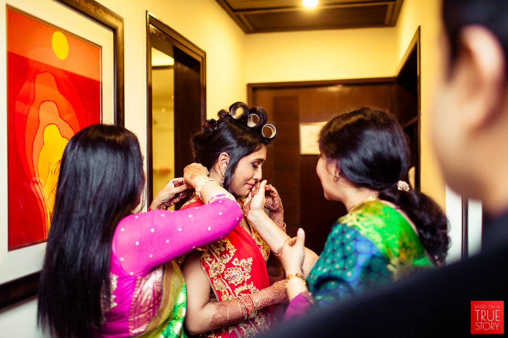 best-candid-wedding-photographers-bangalore-0060.jpg