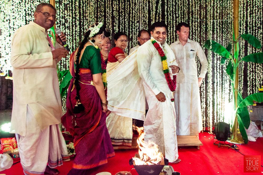 Candid Wedding Photographers Hyderabad-0033.jpg