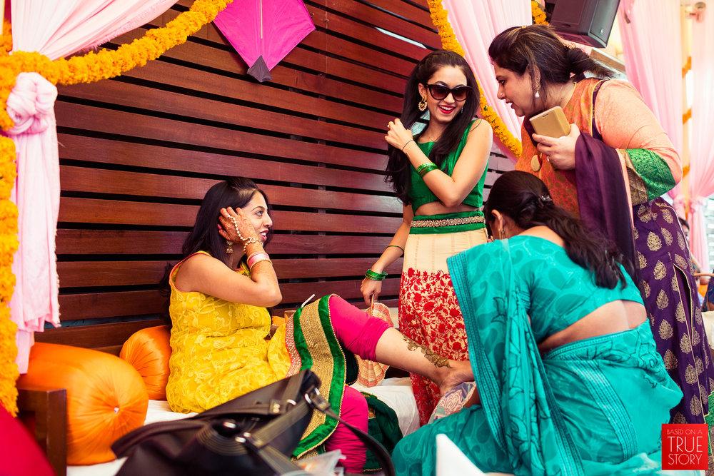 candid-wedding-photographers-bangalore-0004.jpg