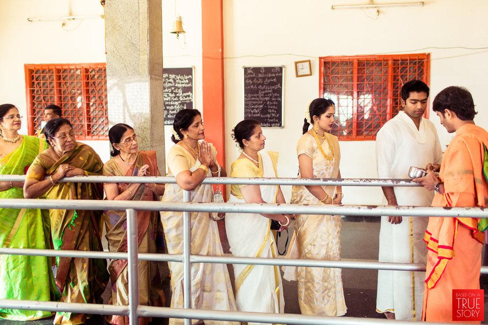 candid-wedding-photographers-bangalore-0034.jpg