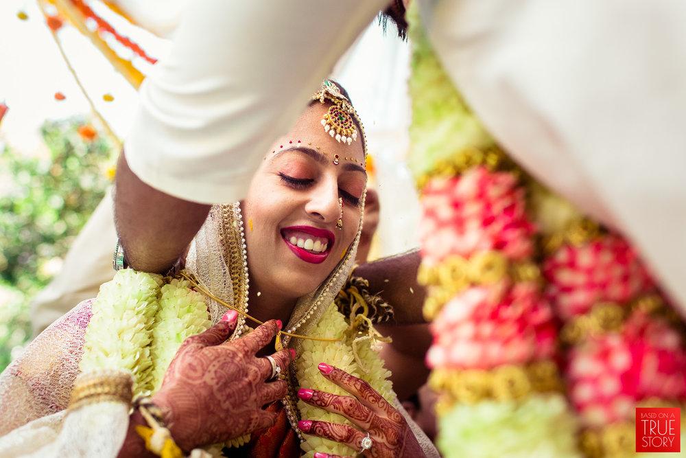 candid-wedding-photographers-bangalore-0052.jpg