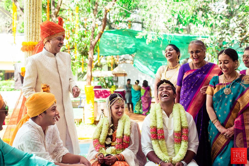 candid-wedding-photographers-bangalore-0054.jpg