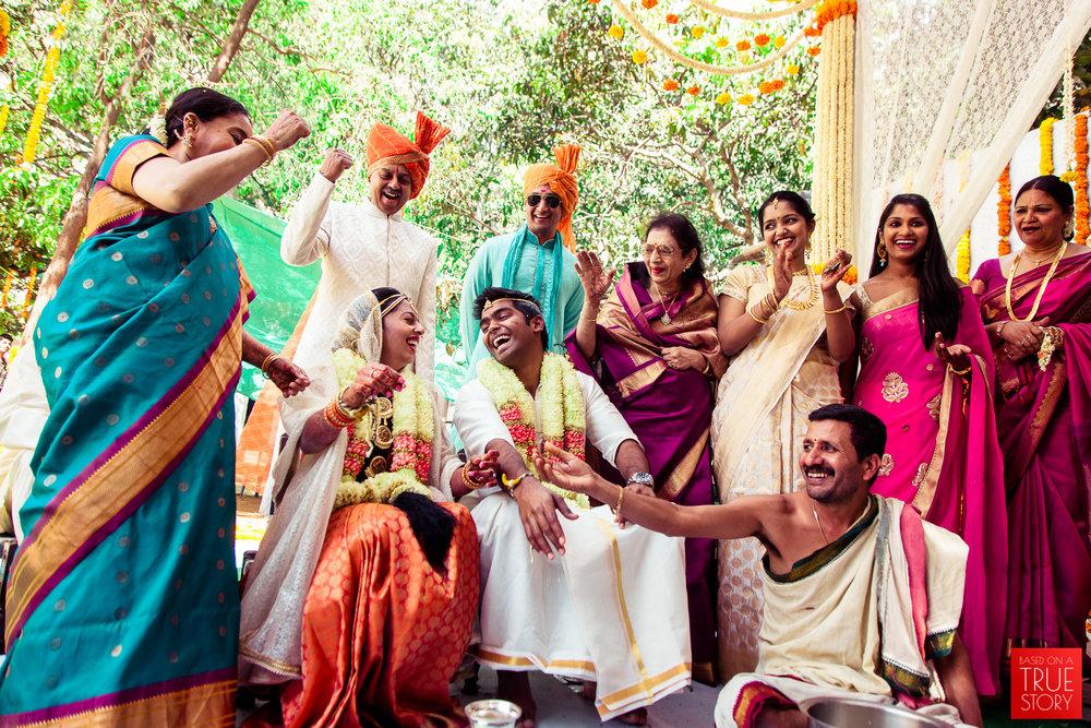 candid-wedding-photographers-bangalore-0058.jpg