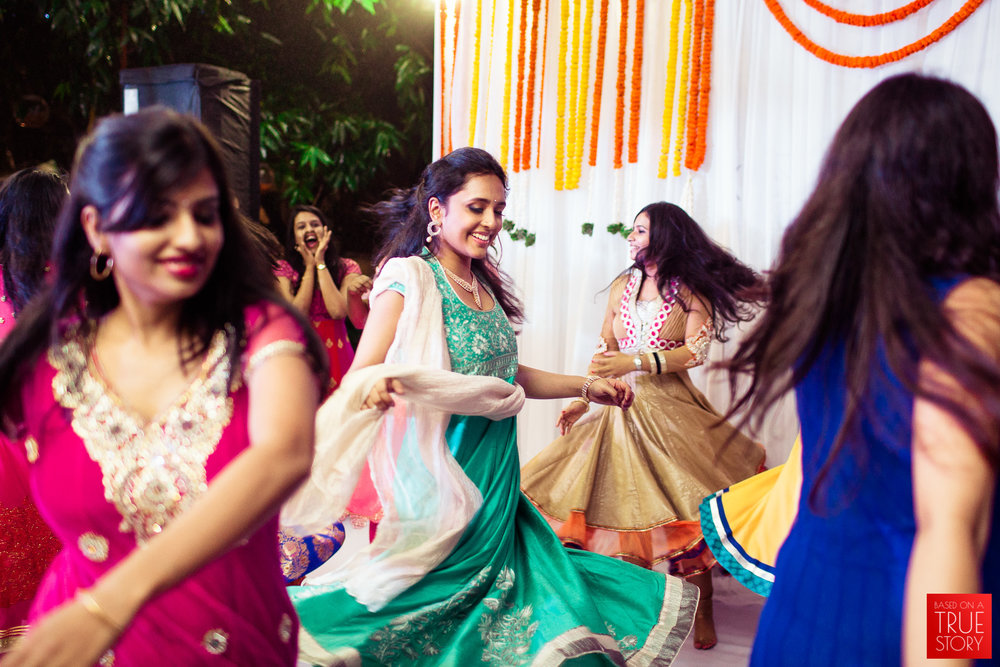 best-candid-wedding-photographers-bangalore-0006.jpg