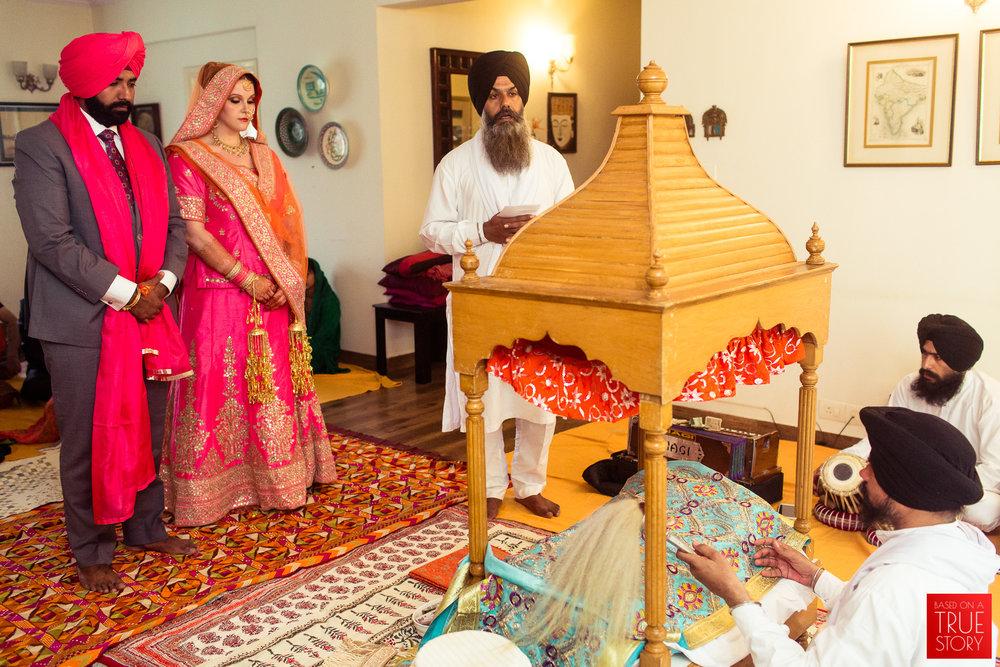 candid-photography-sikh-wedding-bangalore-0017.jpg