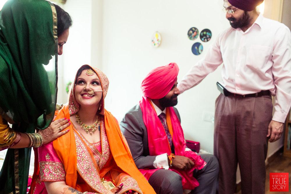 candid-photography-sikh-wedding-bangalore-0032.jpg